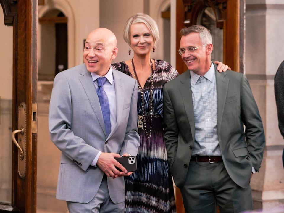 """Evan Handler, Cynthia Nixon, and David Eigenberg are seen filming """"And Just Like That..."""""""