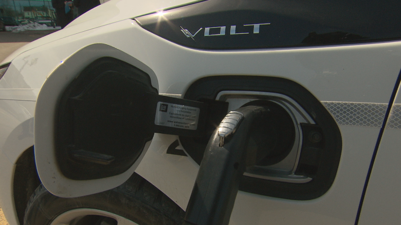 10 new electric vehicle fast-charging stations planned on Trans-Canada in N.B.