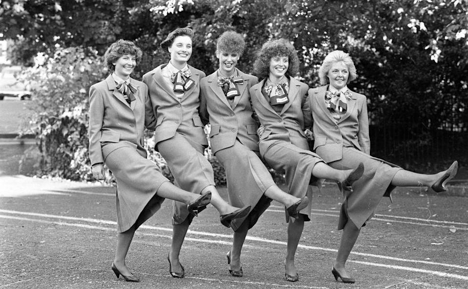 <p>A group of flight attendants receive their wings from Aer Lingus in the Shelbourne Hotel, Dublin in 1988. <br></p>