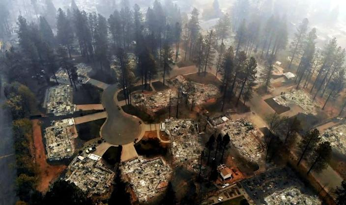PARADISE, CALIFORNIA--NOV. 15, 2018--An ariel view of Paradise off of Clark Road on Nov. 15, 2018. The Camp Fire has burned more than 7,000 structures in Paradise. (Carolyn Cole/Los Angeles Times)