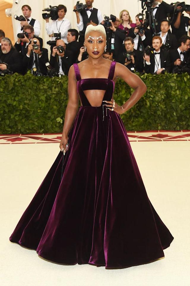 <p>Erivo nailed her entire look with a Sistine Chapel inspired manicure. (Photo: Getty Images) </p>