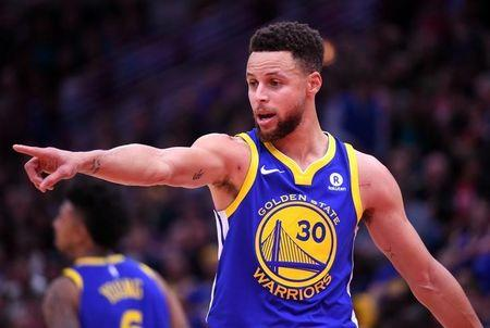 Jan 17, 2018; Chicago, IL, USA; Golden State Warriors guard Stephen Curry (30) reacts during the first half against the Chicago Bulls at the United Center. Mandatory Credit: Mike DiNovo-USA TODAY Sports