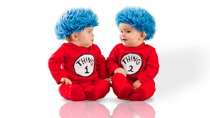 Sibling Halloween costumes: Thing 1 and Thing 2