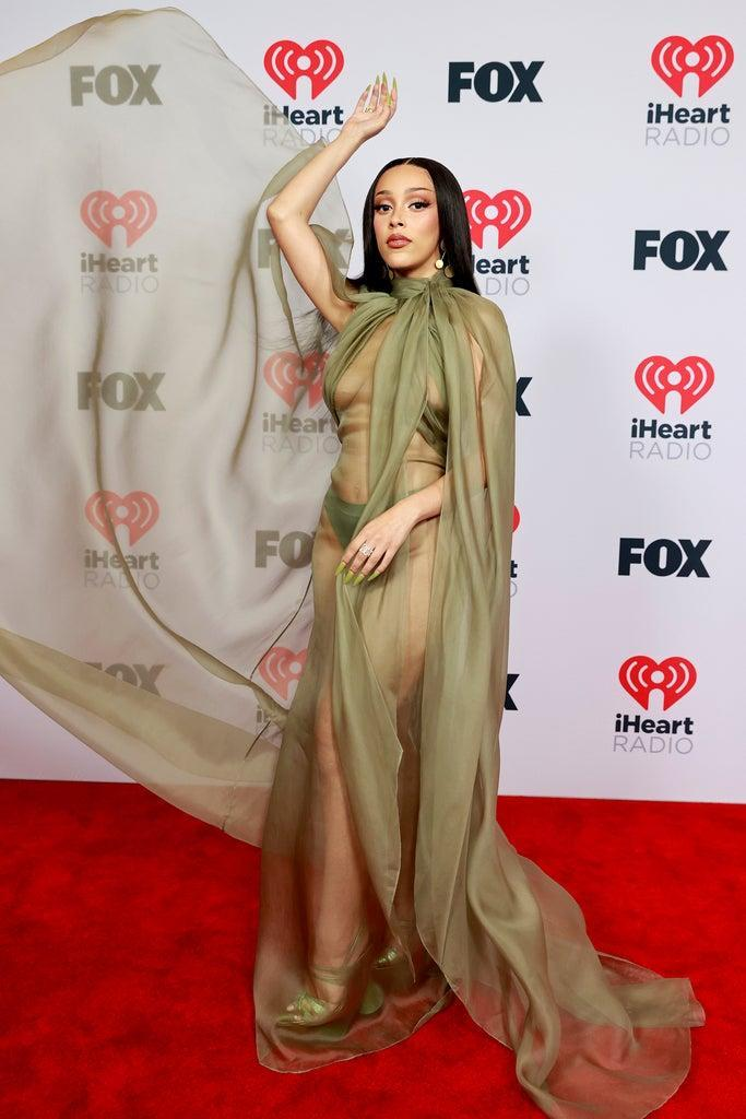 LOS ANGELES, CALIFORNIA – MAY 27: (EDITORIAL USE ONLY) Doja Cat attends the 2021 iHeartRadio Music Awards at The Dolby Theatre in Los Angeles, California, which was broadcast live on FOX on May 27, 2021. (Photo by Emma McIntyre/Getty Images for iHeartMedia)