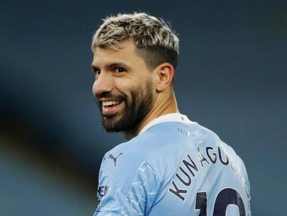 <p>Sergio Agüero sigue aislado y no estará disponible para el Manchester City de