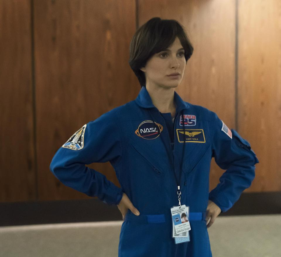 The film is loosely based on the life of US astronaut Lisa Nowalk