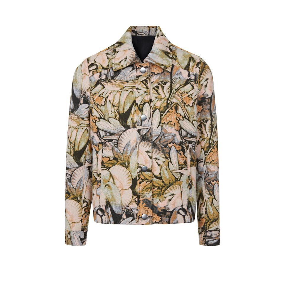 """<p><a rel=""""nofollow"""" href=""""http://www.warehouse.co.uk/gb/sale/jackets-and-coats/woodland-jacket/027515.html?dwvar_027515_color=99&position=53&cgid=sale-coats-casual-jacket#start=1""""><em>Warehouse, was £199, now £95</em></a> </p>"""