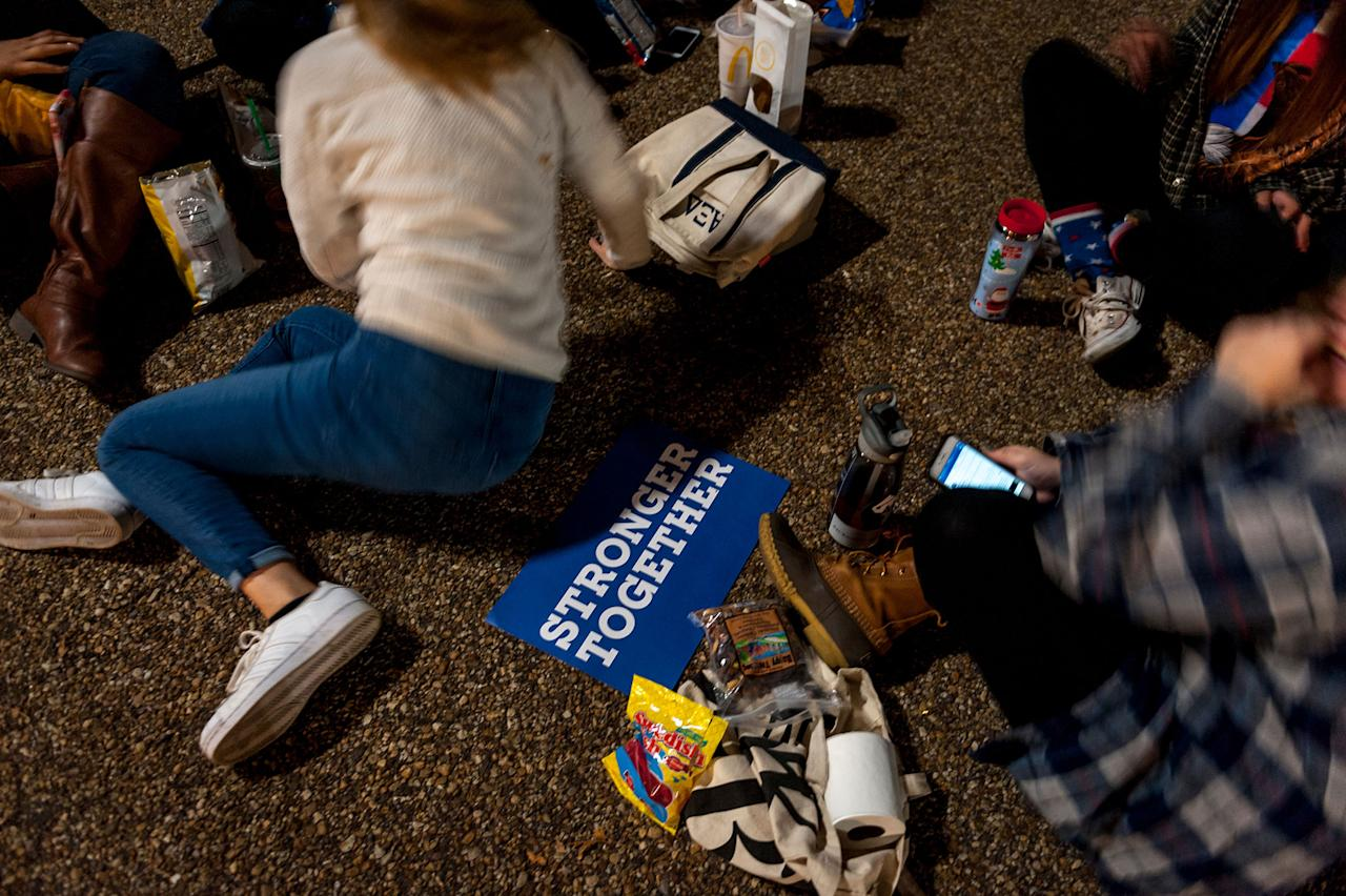<p>Hillary Clinton supporters watch election returns in front of the White House on November 8, 2016. (Photo: Mary F. Calvert for Yahoo News) </p>