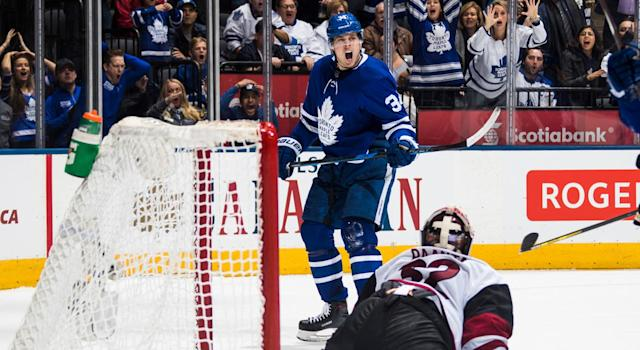 """The NHL made the right call when they denied <a class=""""link rapid-noclick-resp"""" href=""""/nhl/players/7109/"""" data-ylk=""""slk:Auston Matthews"""">Auston Matthews</a> of his game-tying goal. (Photo by Mark Blinch/NHLI via Getty Images)"""