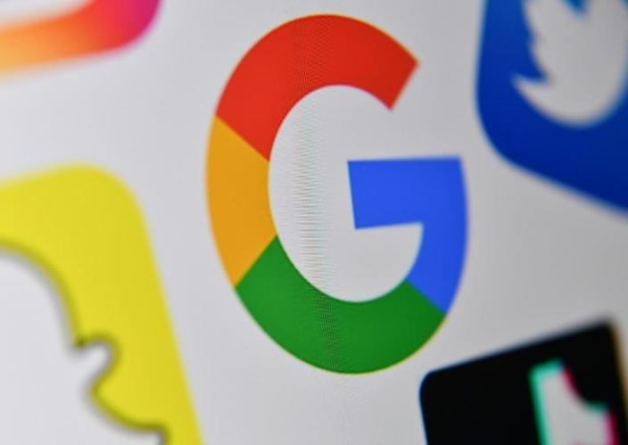A rebound in online advertising in the past quarter helped boost the results of Google and Facebook