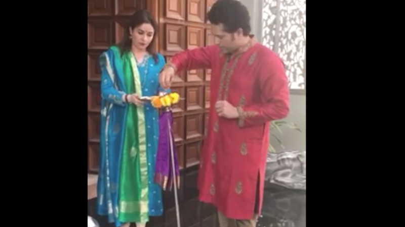 Sachin Tendulkar Celebrates Gudi Padwa With Family and Fans