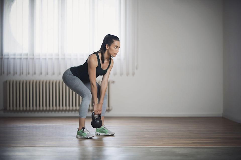 """<p class=""""body-text"""">If last year was the year you were planning on getting into CrossFit but coronavirus somewhat slowed you down, take this as your sign to try a CrossFit workout at home. From no-equipment <a href=""""https://www.womenshealthmag.com/uk/home-workouts/"""" rel=""""nofollow noopener"""" target=""""_blank"""" data-ylk=""""slk:home workouts"""" class=""""link rapid-noclick-resp"""">home workouts</a> to <a href=""""https://bestbuylead.com/goto/YTM5MmQzMl9odHRwOi8vci5zcnZ0cmNrLmNvbS92MS9yZWRpcmVjdD91cmw9aHR0cHMlM0ElMkYlMkZ3d3cud29tZW5zaGVhbHRobWFnLmNvbSUyRnVrJTJGZml0bmVzcyUyRnN0cmVuZ3RoLXRyYWluaW5nJTJGYTcwODYwMSUyRmNyb3NzZml0LWZvci1iZWdpbm5lcnMlMkYmYXBpX2tleT0xZGVkNDU4NDc1Nzc4MjA1MDc2NjQwMDg2ZWJmMWJhYiZzaXRlX2lkPTQ4YWZjY2I1YzczMDQ4MjU5MjQ1MmE2NTU0YjhmYjY1JnR5cGU9dXJsJnlrX3RhZz1nY2lhb2E3YzdjM2VlJnNvdXJjZT1odHRwcyUzQSUyRiUyRmJlc3RidXlsZWFkLmNvbSUyRg%3D%3D"""" rel=""""nofollow noopener"""" target=""""_blank"""" data-ylk=""""slk:CrossFit for beginners"""" class=""""link rapid-noclick-resp"""">CrossFit for beginners</a>, there are myriad avenues to make your living room your Box (that's what CrossFit gyms are called). So while you're waiting to get back to a <a href=""""https://www.womenshealthmag.com/uk/fitness/workouts/a707720/gym-workout/"""" rel=""""nofollow noopener"""" target=""""_blank"""" data-ylk=""""slk:gym workout"""" class=""""link rapid-noclick-resp"""">gym workout</a>, we've rounded up 13 of our favourite YouTube CrossFit workouts for you to sweat, swear and muscle through. You. Are. Welcome. <br></p><h2 class=""""body-h2"""">Can you do CrossFit workouts at home?</h2><p>Yes, absolutely. The beauty of CrossFit is that it's a mixture of <a href=""""https://www.womenshealthmag.com/uk/fitness/strength-training/a706202/strength-training-for-beginners/"""" rel=""""nofollow noopener"""" target=""""_blank"""" data-ylk=""""slk:strength training"""" class=""""link rapid-noclick-resp"""">strength training</a> and conditioning work (cardio) that gets you fitter <strong>and </strong>stronger using functional exercises. So, whilst you may not have a fully kitted out rack at home, yo"""