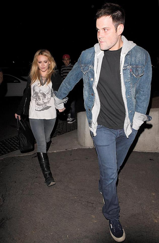 "Hilary Duff and her hockey player honey Mike Comrie made it a date night. Do you think the engaged lovebirds make a cute couple? Maciel/<a href=""http://www.x17online.com"" target=""new"">X17 Online</a> - July 12, 2010"