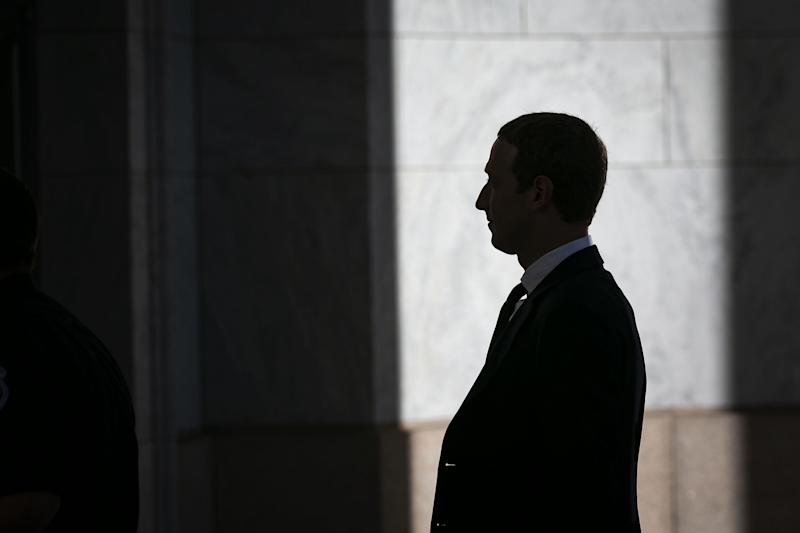 Facebook Critics Target One Thing CEO Won't Cede: Control