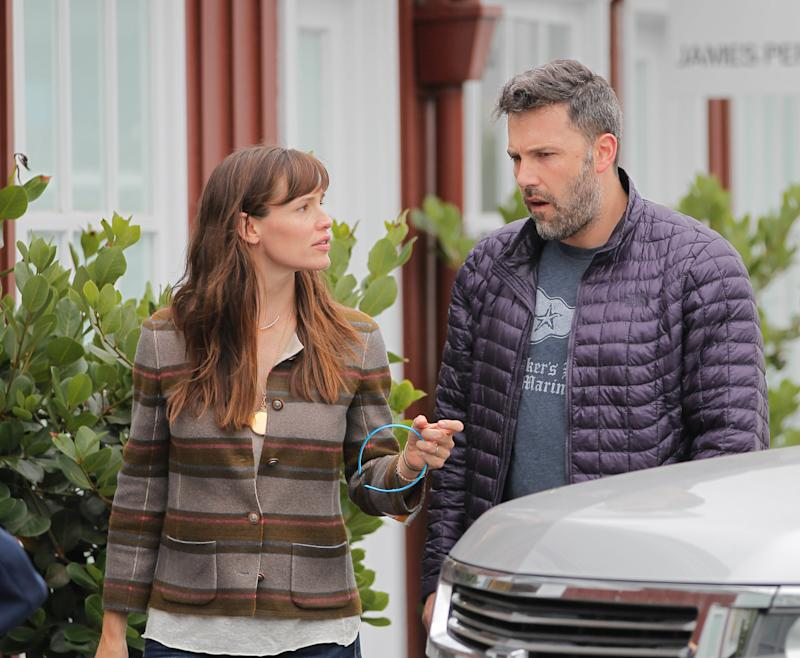 Jennifer Garner Reportedly 'Upset & Shaking' Before Driving Ben Affleck To Rehab