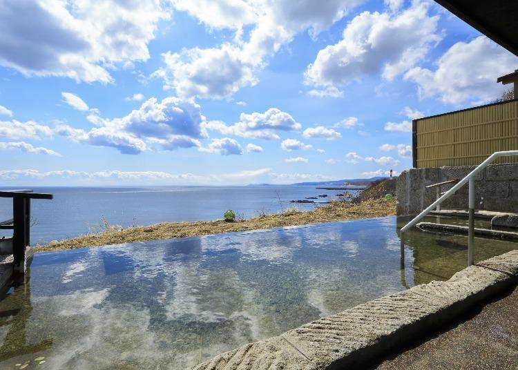 5 Hokkaido Hotels to Social Distance in Style!