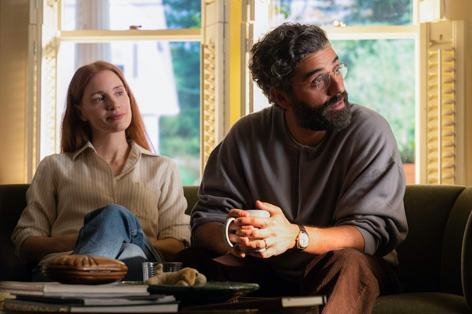 Mira (Jessica Chastain) and Jonathan (Oscar Isaac) in Scenes From A Marriage. (Still: HBO)