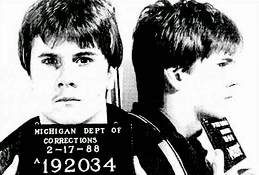 <p>The story of teenager Richard Wershe Jr., who became an undercover informant for the FBI during the 1980s and was ultimately arrested for drug-trafficking and sentenced to life in prison. </p>