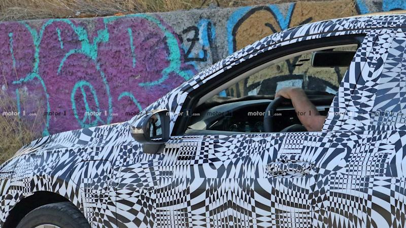 New VW Golf GTE spy photo