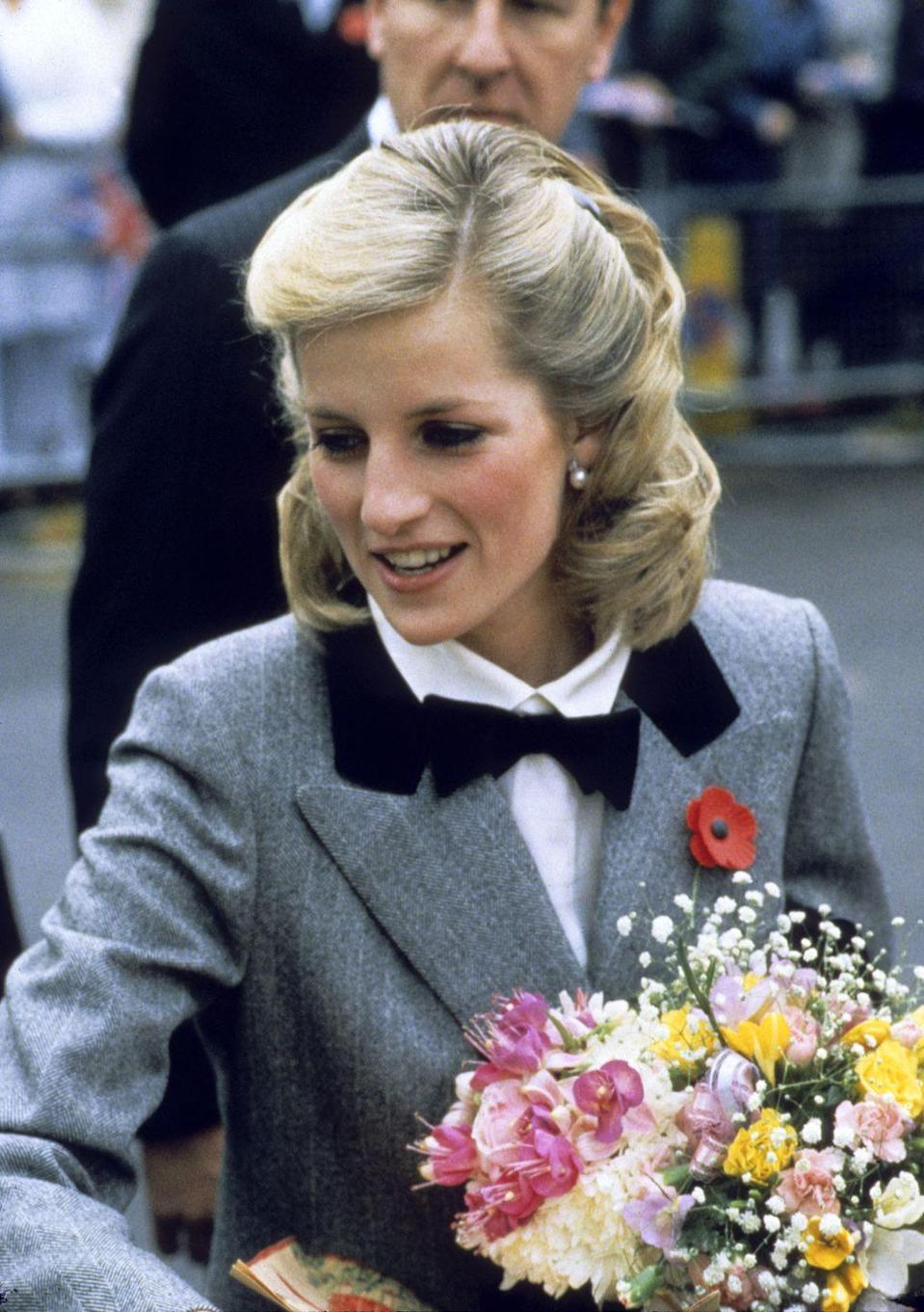 <p>Diana shows off a new hairstyle in one of her first outings after having Prince Harry was born, visiting Barnados Charity in London.</p>