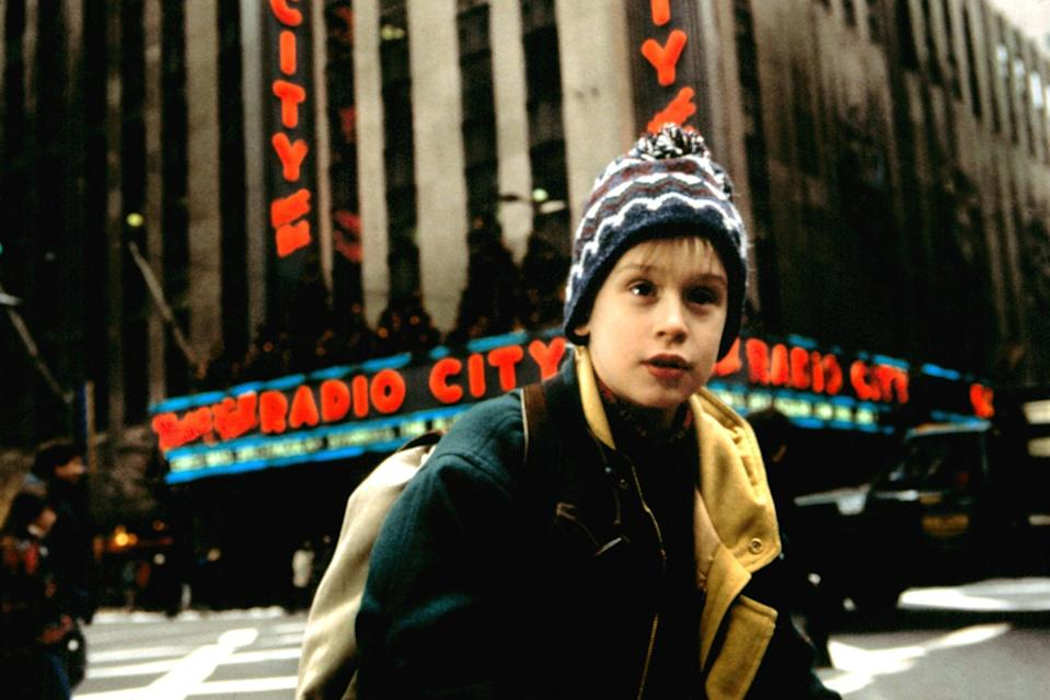HOME ALONE 2: LOST IN NEW YORK, Macaulay Culkin, 1992, TM and Copyright  20th Century Fox Film Corp. All rights reserved.