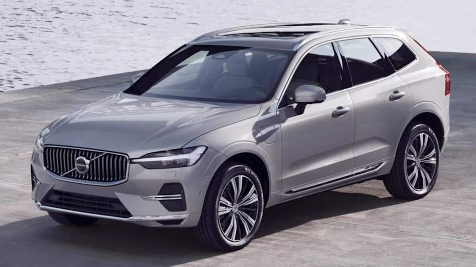 2022 Volvo XC60, with refreshed design and new features, unveiled