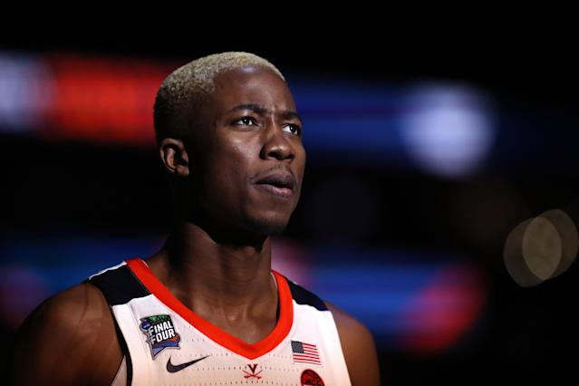 Mamadi Diakite #25 of the Virginia Cavaliers looks on prior to the 2019 NCAA men's Final Four National Championship game against the Texas Tech Red Raiders at U.S. Bank Stadium on April 08, 2019 in Minneapolis, Minnesota. (Photo by Streeter Lecka/Getty Images)