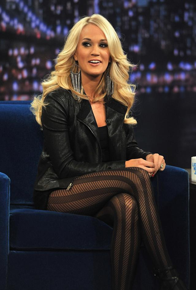 """NEW YORK, NY - NOVEMBER 08: Carrie Underwood visits """"Late Night With Jimmy Fallon"""" at Rockefeller Center on November 8, 2012 in New York City. (Photo by Theo Wargo/Getty Images)"""