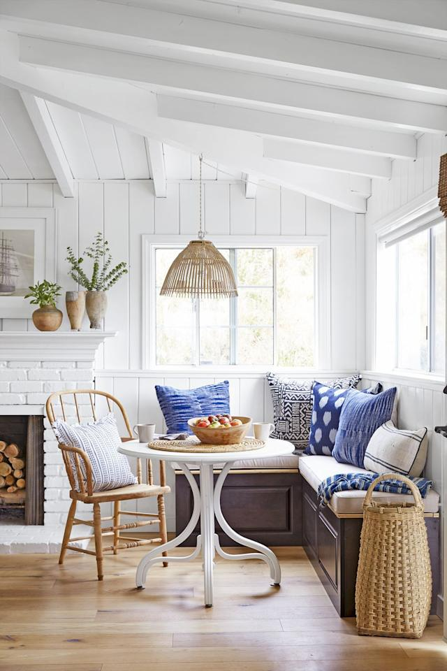 19 Stylish Kitchen Banquette Ideas For Every Kind Of Home