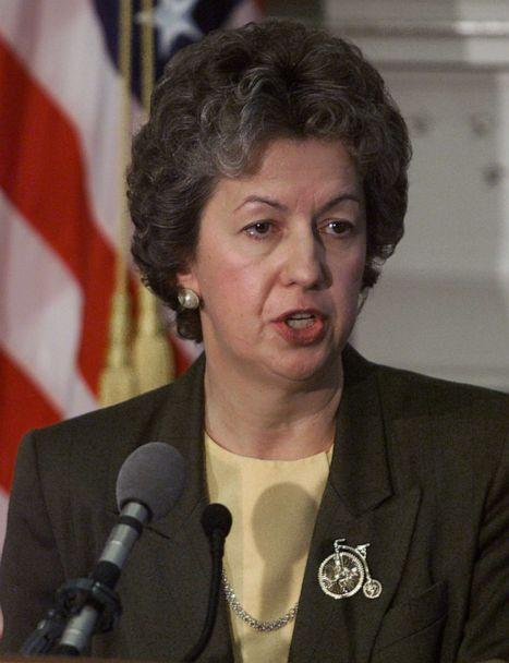 PHOTO: Federal Bureau of Prisons Director Kathleen Hawk Sawyer speaks at the Justice Department, April 12, 2001, in Washington, D.C. (Mark Wilson/Getty Images, FILE)