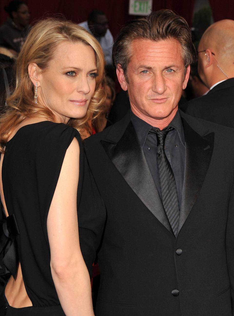 Robin Wright Penn and Sean Penn arrives at the 81st Academy Awards at The Kodak Theatre on February 22, 2009 in Hollywood, California.