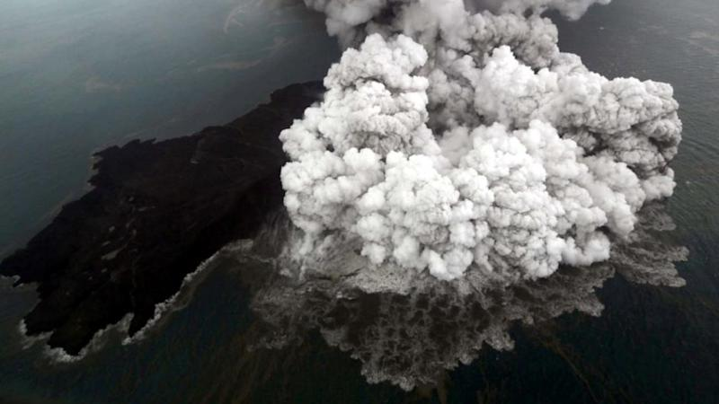 A bird's-eye visual og the Indonesian Anak Krakatoa volcano eruption in September, 2018. Reuters