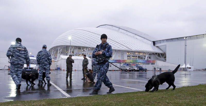 Bach backs Russia on security for Sochi Olympics