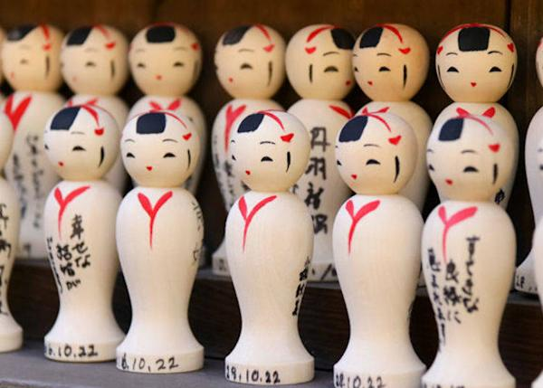 ▲ The Enmusubi Kokeshi (500 yen) is about 5 cm tall.
