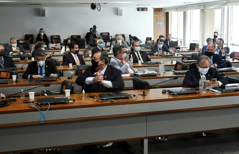 The first session of Brazil's parliamentary investigative commission, which will look into the government's handling of the coronavirus pandemic, meets in Brasilia on April 27, 2021