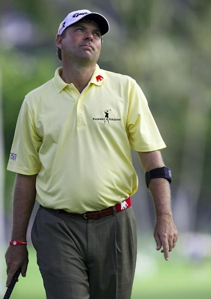 Dicky Pride reacts to a missed putt on the 18th green during the second round of the Sony Open golf tournament on Friday, Jan. 11, 2013, in Honolulu. (AP Photo/Marco Garcia)