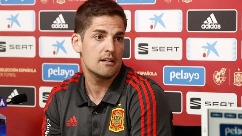 Enrique steps down as Spain coach, replaced by assistant Moreno