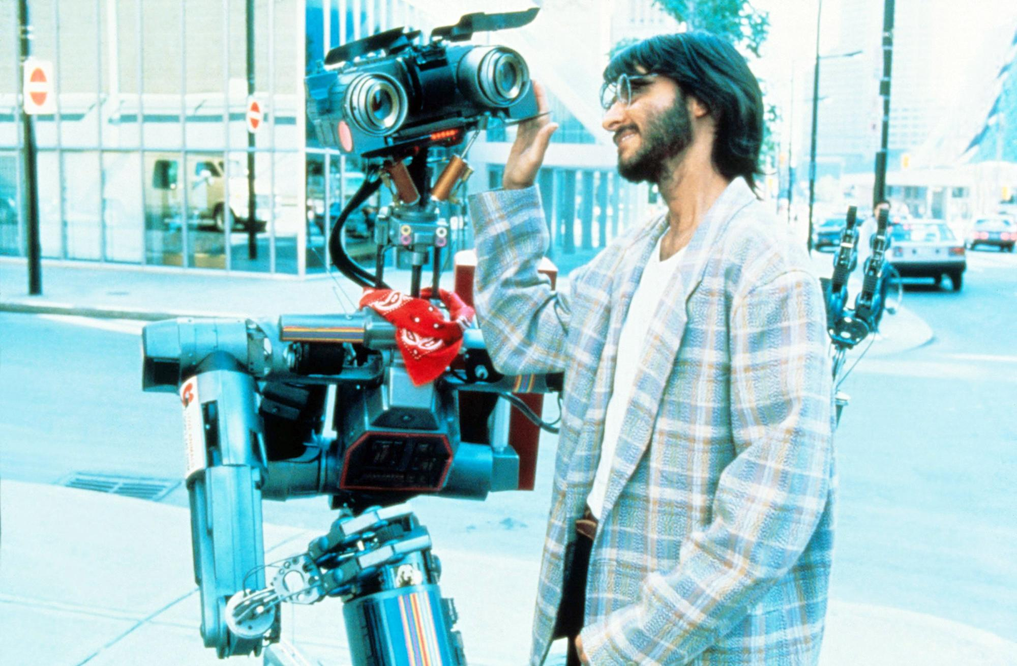 Fisher Stevens regrets his controversial 'Short Circuit' role: 'It definitely haunts me'