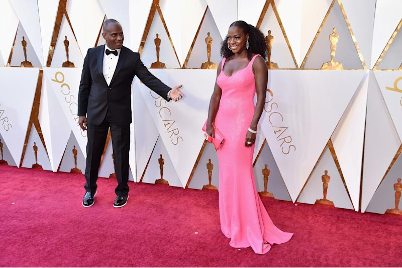 Viola Davis Was A Sparkly Pink Vision At The Oscars And People Could Barely Deal