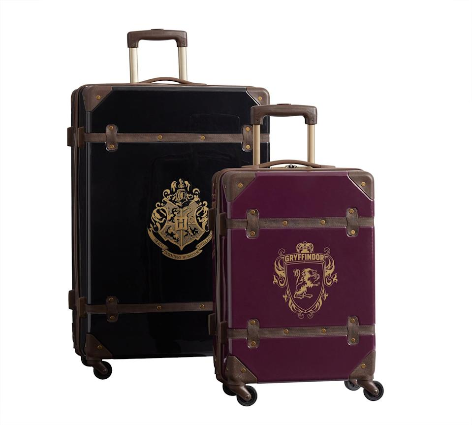 <p>Pack up for school with this two-piece luggage set. </p>