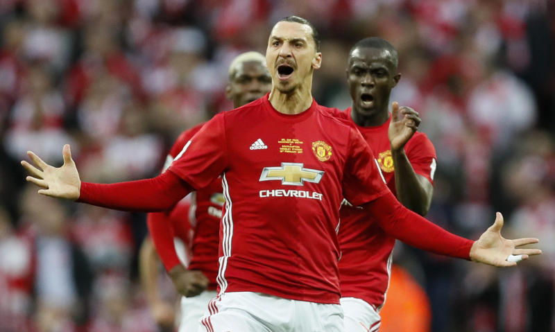Ibrahimovic returns to Manchester United on 1-year deal