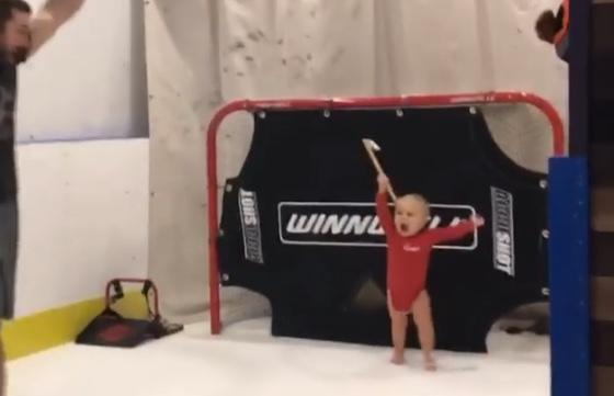 "<a class=""link rapid-noclick-resp"" href=""/mlb/players/9302/"" data-ylk=""slk:Adam Eaton"">Adam Eaton</a>'s son, Brayden, may have a future in hockey. (Instagram/@adam_eaton2)"