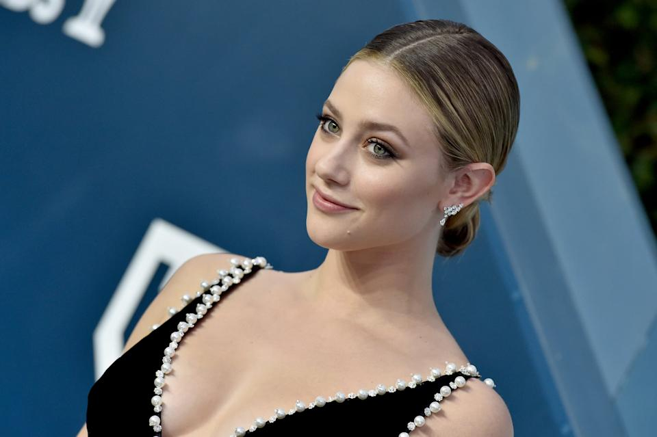 LOS ANGELES, CALIFORNIA - JANUARY 19: Lili Reinhart attends the 26th Annual Screen Actors Guild Awards at The Shrine Auditorium on January 19, 2020 in Los Angeles, California. (Photo by Axelle/Bauer-Griffin/FilmMagic)