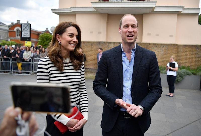 LONDON, ENGLAND - MAY 07: Catherine, Duchess of Cambridge and Prince William, Duke of Cambridge talk to members of the media about their newborn nephew, as they arrive to launch the King's Cup Regatta at Cutty Sark, Greenwich on May 7, 2019 in London, England. (Photo by Ben Stansall - WPA Pool / Getty Images)