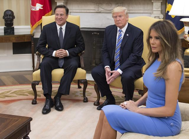 "President Donald Trump meets with Panama's President Juan Carlos Varela in the Oval Office, with first lady Melania Trump, at the White House on June 19, 2017 in Washington, DC. According to the White House, the two presidents will talk about how to curb ""transnational organized crime, illegal migration, and illicit substances"" and the continued political and economic instability in Venezuela. (Photo by Molly Riley- Pool/Getty Images)"