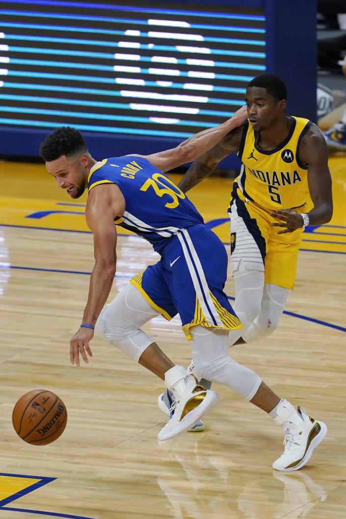 Pacers stymie Curry, bounce back to beat Warriors 104-95