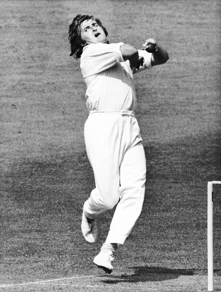 OVAL - JUNE : Gary Gilmour of Australia in action during the World Cup held at Kennington Oval, London, Great Britain during June 1975. (Photo By Hulton Archive/Getty Images)