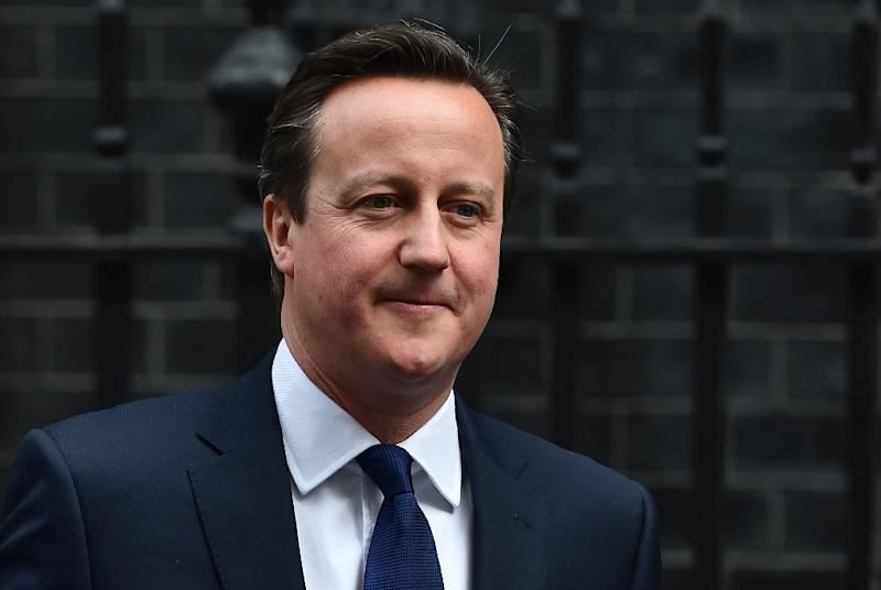 British Prime Minister David Cameron leaves 10 Downing Street in central London on March 25, 2015