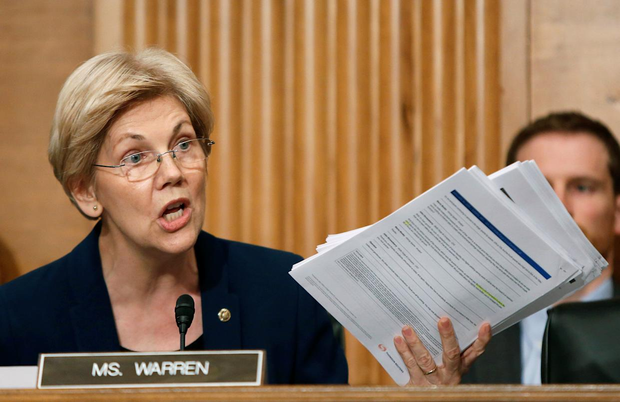"Senator Elizabeth Warren going full Al Pacino in ""Heat"" on Wells Fargo CEO John Stumpf. Source: REUTERS/Gary Cameron"