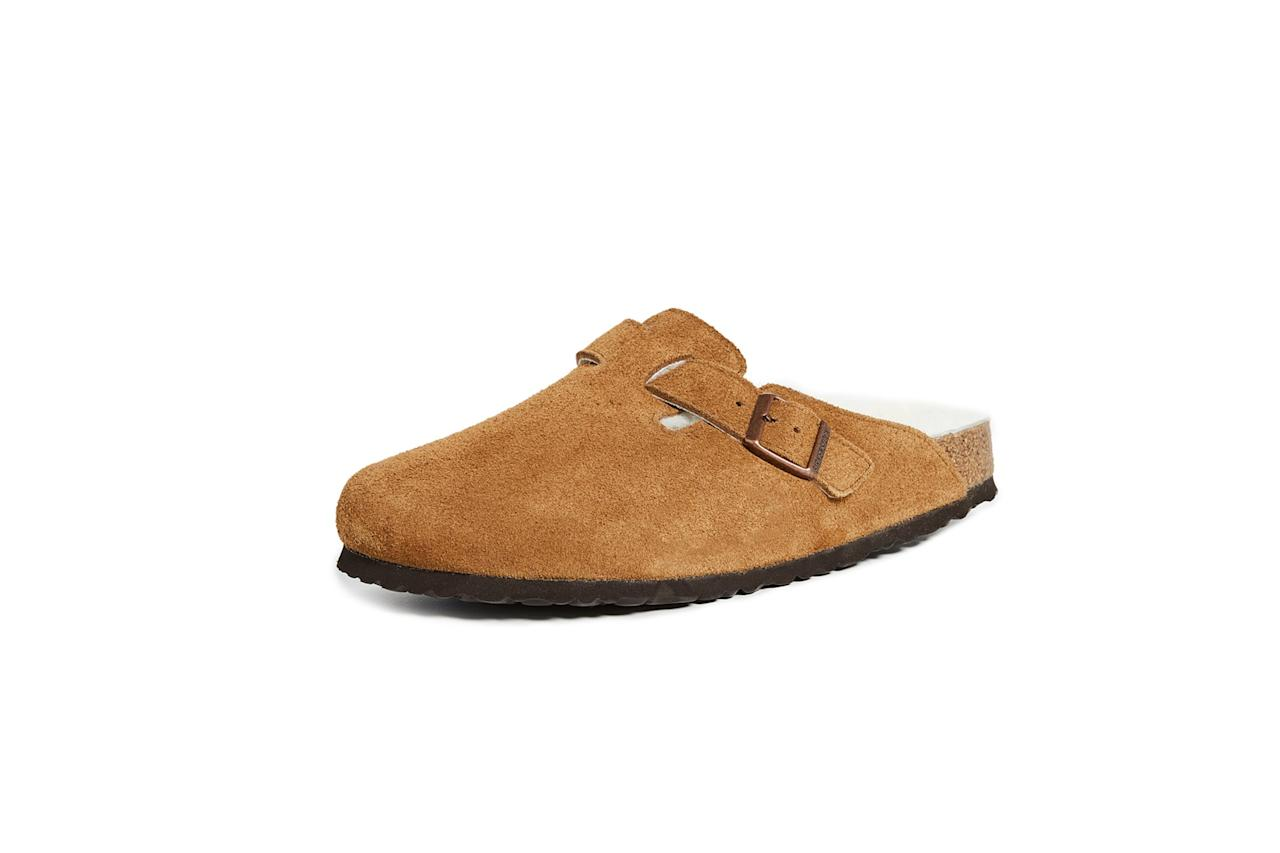 "$165, East Dane. <a href=""https://www.eastdane.com/boston-shearling-sandal-birkenstock/vp/v=1/1544969612.htm?folderID=52661&colorId=14C69"">Get it now!</a>"